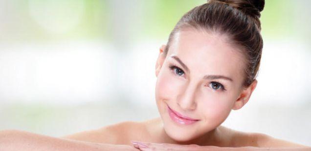 За лице без брчки не секогаш ви требаат скапи креми – Применете ги овие неколку вежби и гледајте како се создава магија!