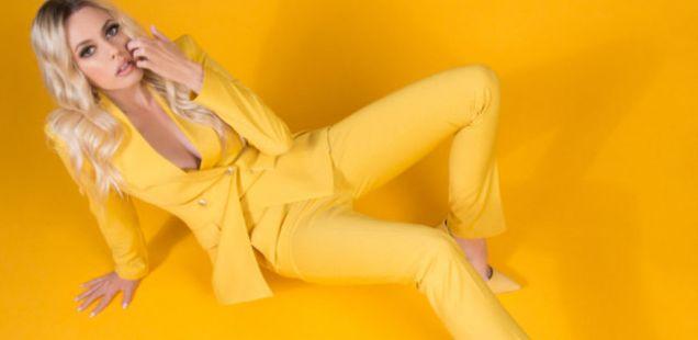 Сите бои на пролетта во новата DeLight колекција на одела