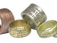 Посвета на бурмата: Како и што да се изгравира на венчалниот прстен