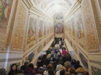 Скалите по кои што Исус Христос одел за прв пат се откриени за јавноста