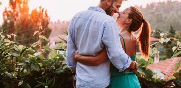Дали оваа информација ве изненадува? Еве колку често жените во брак водат љубов