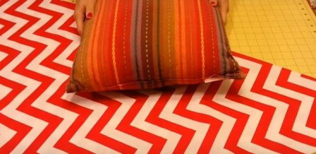 Од парче платно направи прекрасна навлака за перница без шиење