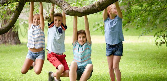 Децата сакаат да играат на отворено