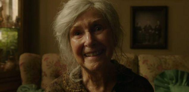 Хорор: Погледнете ја бабичката …