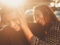 ШТО МИСЛИТЕ, дали постојат или не најдобрите години за врска?