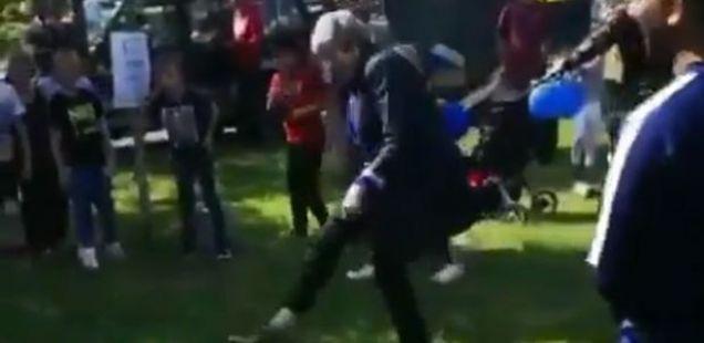 По танцот, Тереза Меј играше фудбал, а многумина велат дека е едноставно – смешна