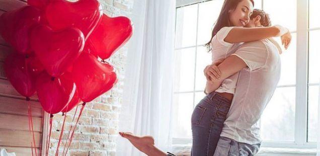 6 слатки начини за да му бидете уште посекси
