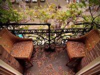 Рај на балконот или во дворот со малку пари