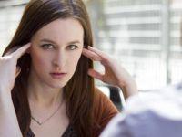 Мажи, не го правете ОВА: Пет работи од кои на жените им се крева косата!