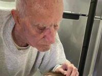 И ВО ДОБРО И ВО ЗЛО: Баба и дедо имаат 92 години, она што го прават во изолација ќе ви ги стопи срцата!